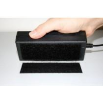 Klettpad zur schnellen und einfachen Befestigung von Tischnetzteilen